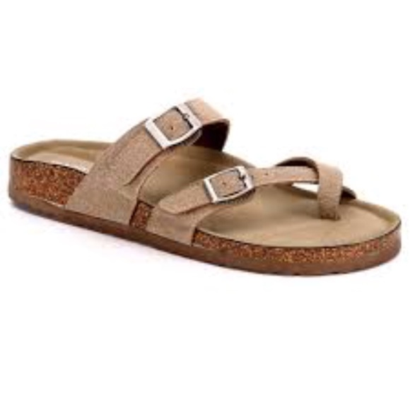 9c850adf202e Madden Girl Shoes - Madden Girl Brycee Taupe Flat Sandals Size US 8